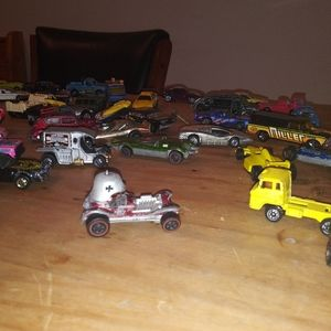 VINTAGE 1960s and 70s hot wheels collection